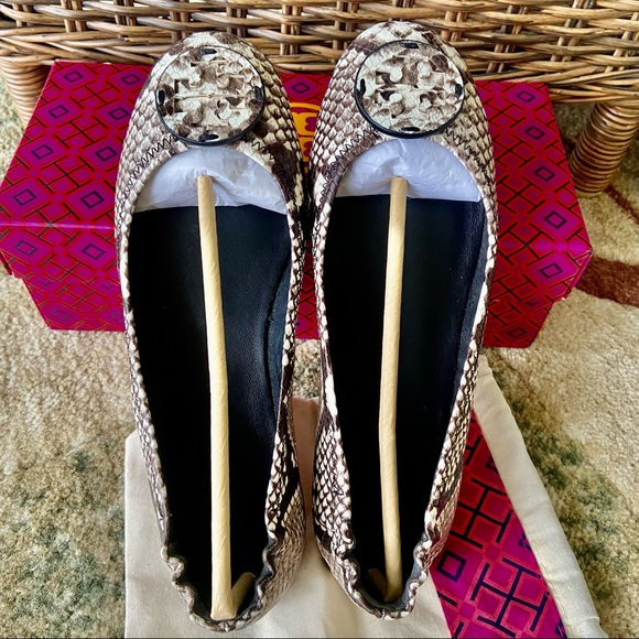 🌟NEW🌟Tory Burch Snake Printed Leather Shoes